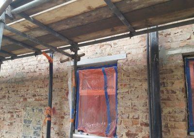 removing-old-render-harrogate-house (2)