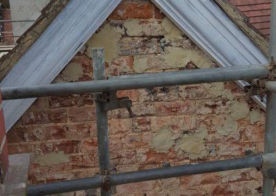 removing-old-render-harrogate-house (8)
